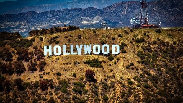 old-hollywoods-unwinnable-fight-against-big-business-and-the-tech-invasion