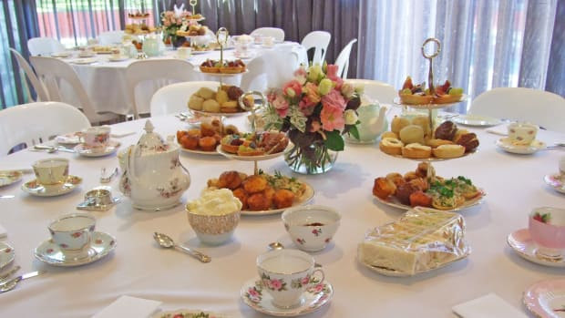 know-about-teapots-for-your-high-tea-parties
