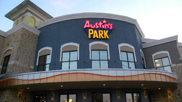 things-to-do-in-austin-tx-austin-park-located-in-pflugerville-pizza-parties-lazer-tag-go-carts-miniature-golf