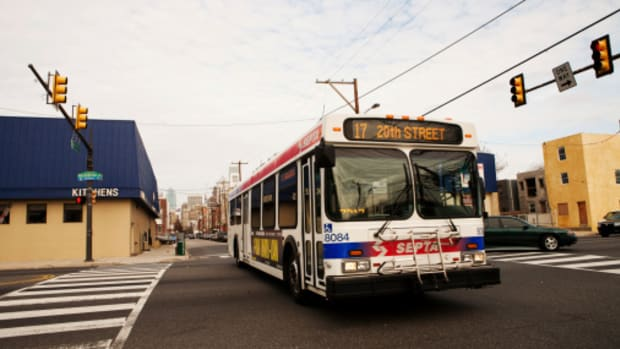 the-unsettling-story-behind-philadelphias-mystery-bus-to-nowhere