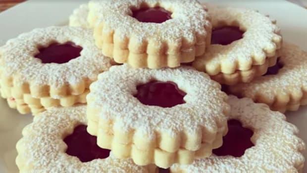 delicious-jam-filled-biscuit