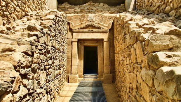 10-important-ancient-discoveries-inside-little-known-graves