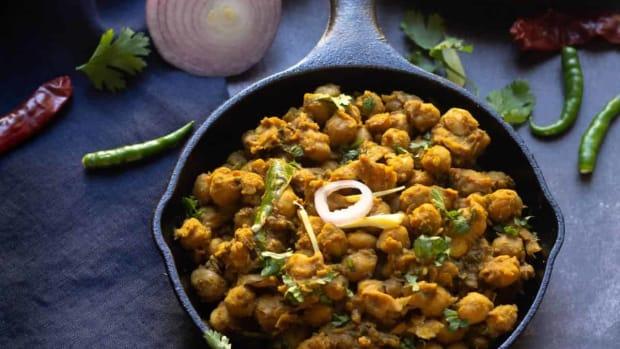 pindi-chole-indian-cuisine-main-course