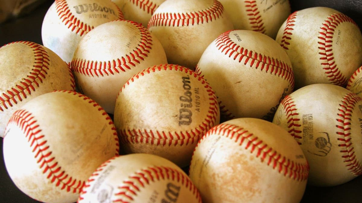 Tips for Baseball Tryouts: What Coaches Are Really Looking For - HowTheyPlay