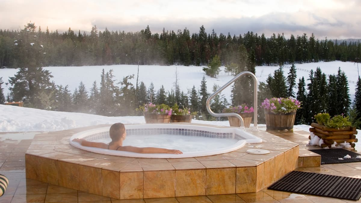 The Hot Tub Guru Free Advice For First Time Buyers Dengarden Home And Garden