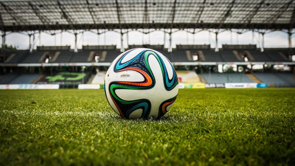 Understanding the Thirds of a Soccer Field - HowTheyPlay