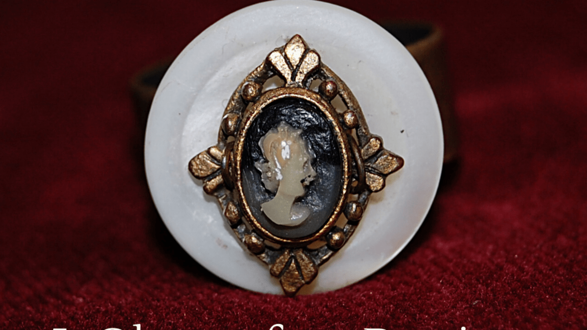 1920 Antique English ceramic flower shape 9k gold brooch