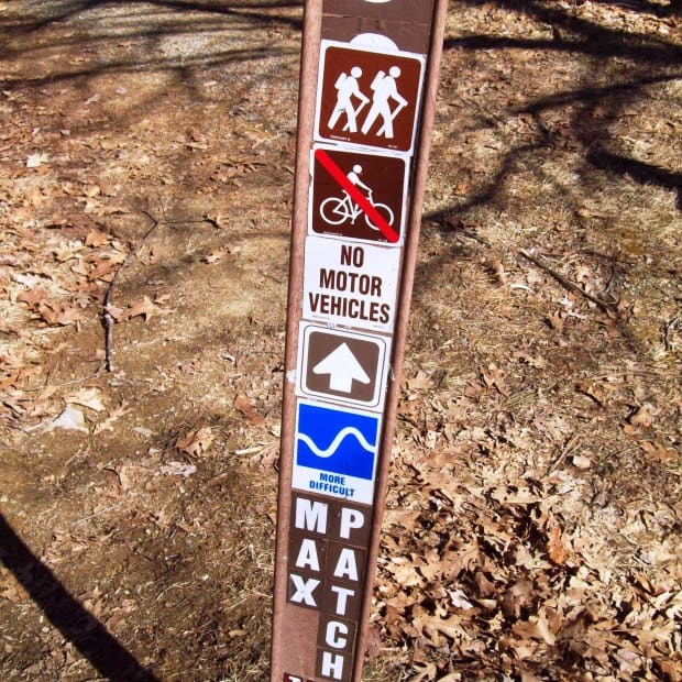 hiking-the-mountains-in-western-north-carolina-max-patch