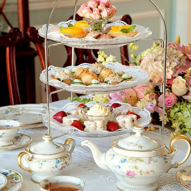 formal-tea-steeped-in-tradition