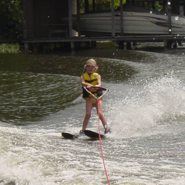 how-to-teach-a-child-to-waterski