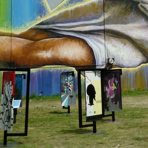 open-the-door-captivating-houston-art-installation
