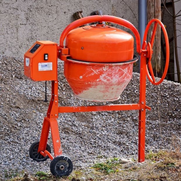steps-to-mixing-concrete-with-a-cement-mixer