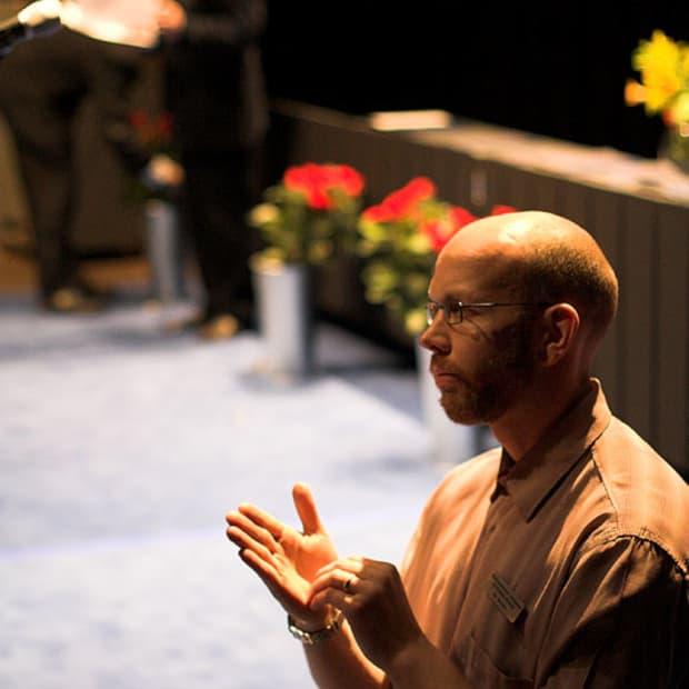 the-role-of-deaf-interpreters-in-the-interpreting-process