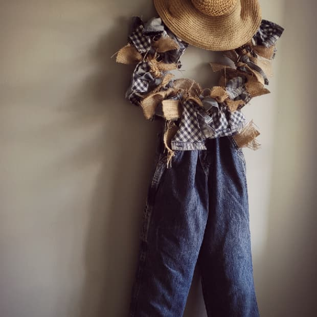 scarecrow-rag-wreath