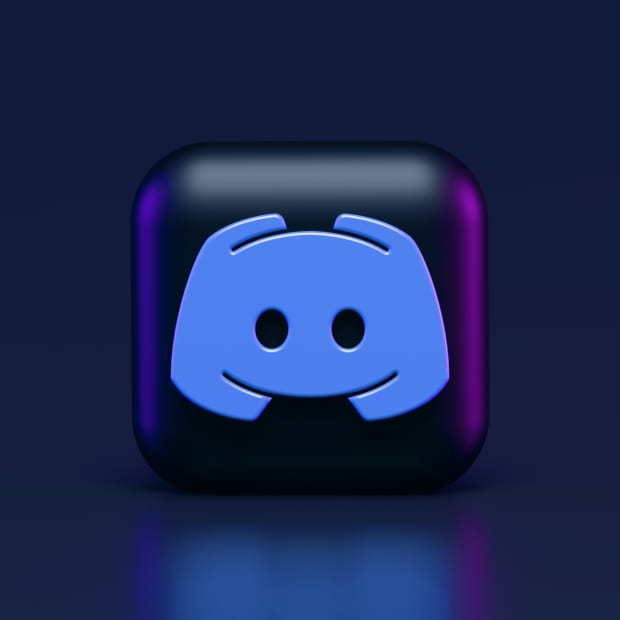 the discord logo with black background