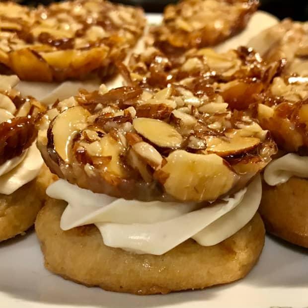 bienenstich-cookies-a-recipe-youll-love
