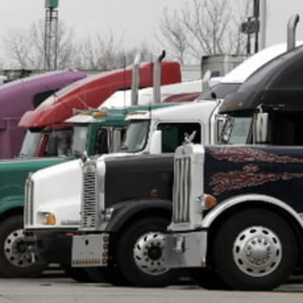 why-you-should-thank-a-trucker-today