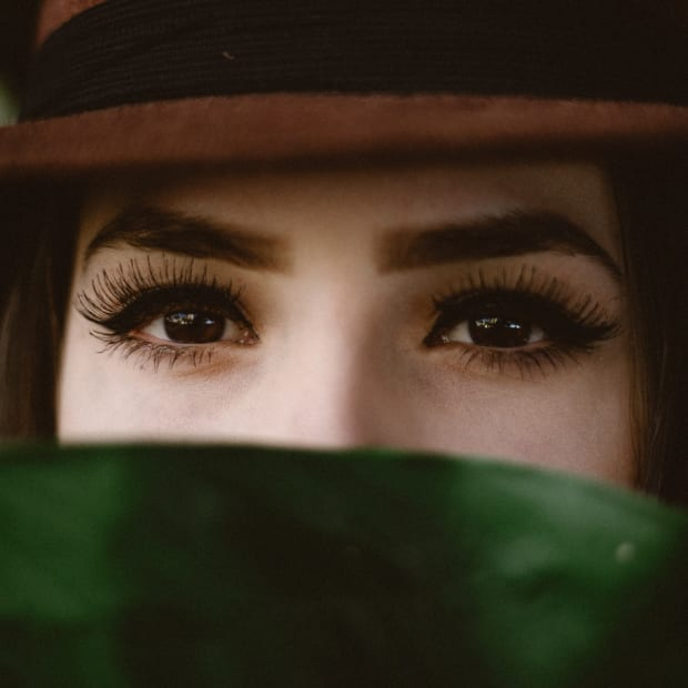 product-review-rapidbrow-eyebrow-enhancing-serum