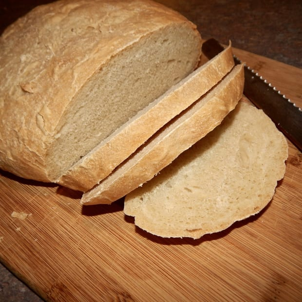 tuscan-bread-what-it-is-and-how-to-make-it