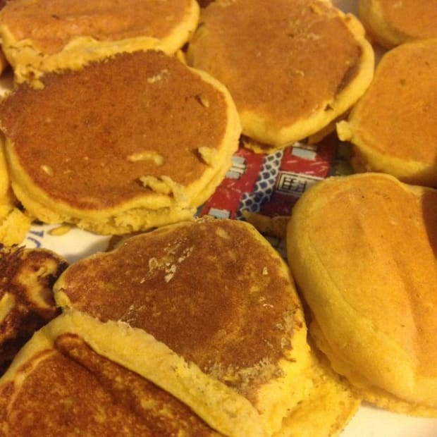 recipe-for-babies-make-tiny-pancakes-out-of-baby-food-for-teething-little-ones