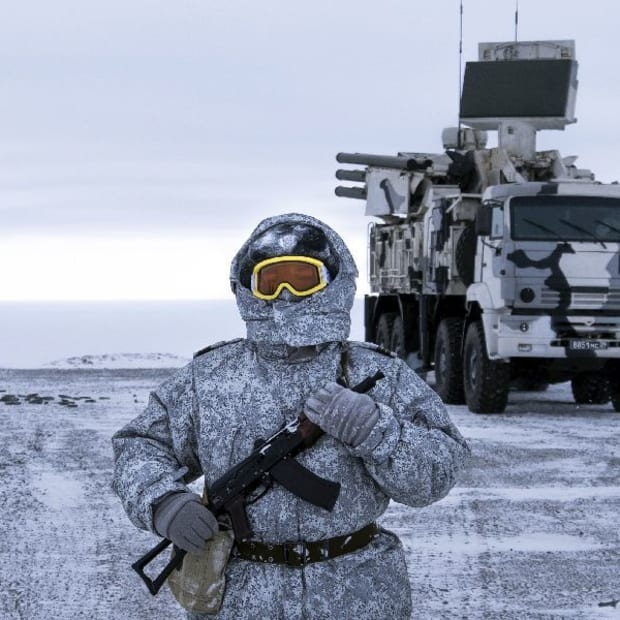 russia-tightens-its-control-of-the-arctic-region