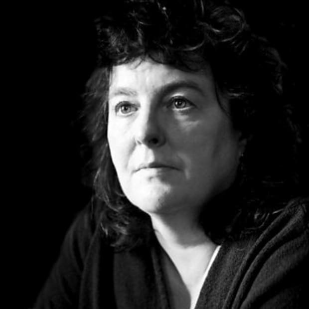 analysis-of-poem-in-your-mind-by-carol-ann-duffy
