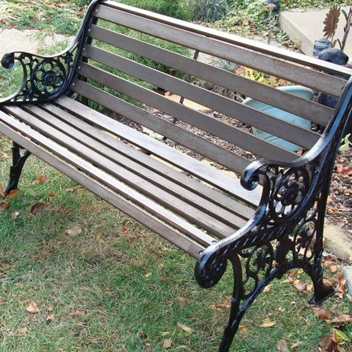 How To Restore A Wood And Cast Iron Garden Bench Dengarden Home And Garden