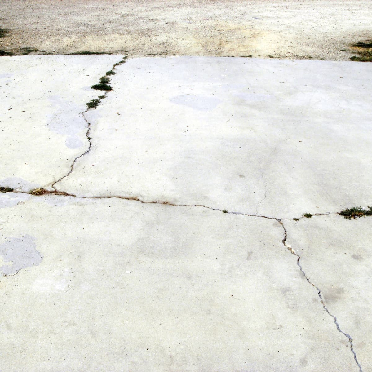 How To Repair Concrete Driveway Cracks Dengarden Home And Garden