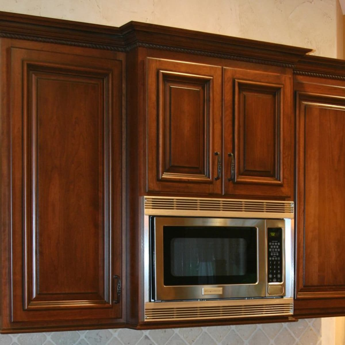 Where To Put The Microwave In The Kitchen 7 Design Ideas Dengarden