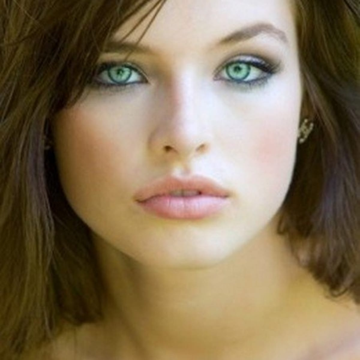 Makeup For Fair Skin Brown Hair And Green Eyes Bellatory Fashion And Beauty