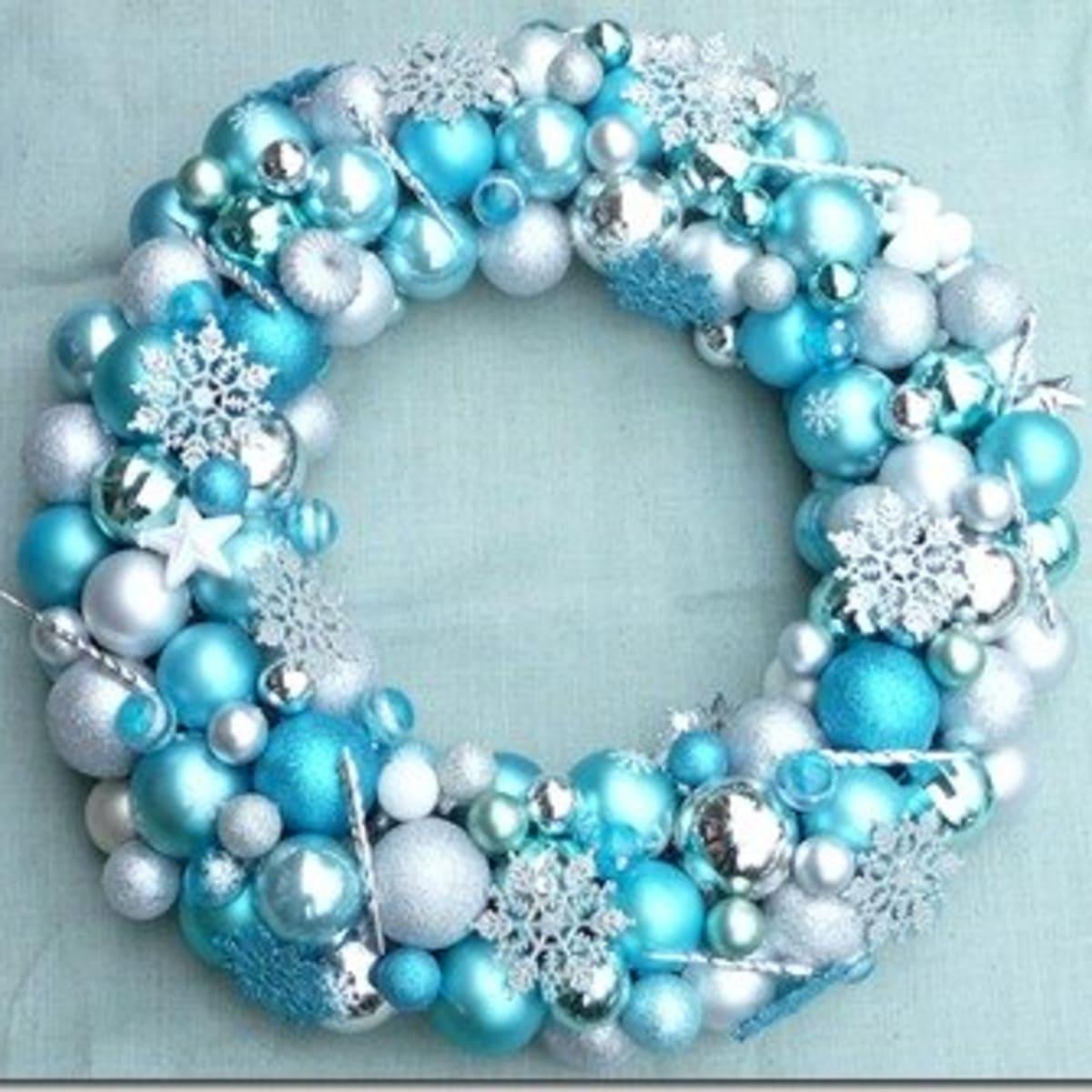 How To Make A Christmas Ornament Wreath Holidappy Celebrations