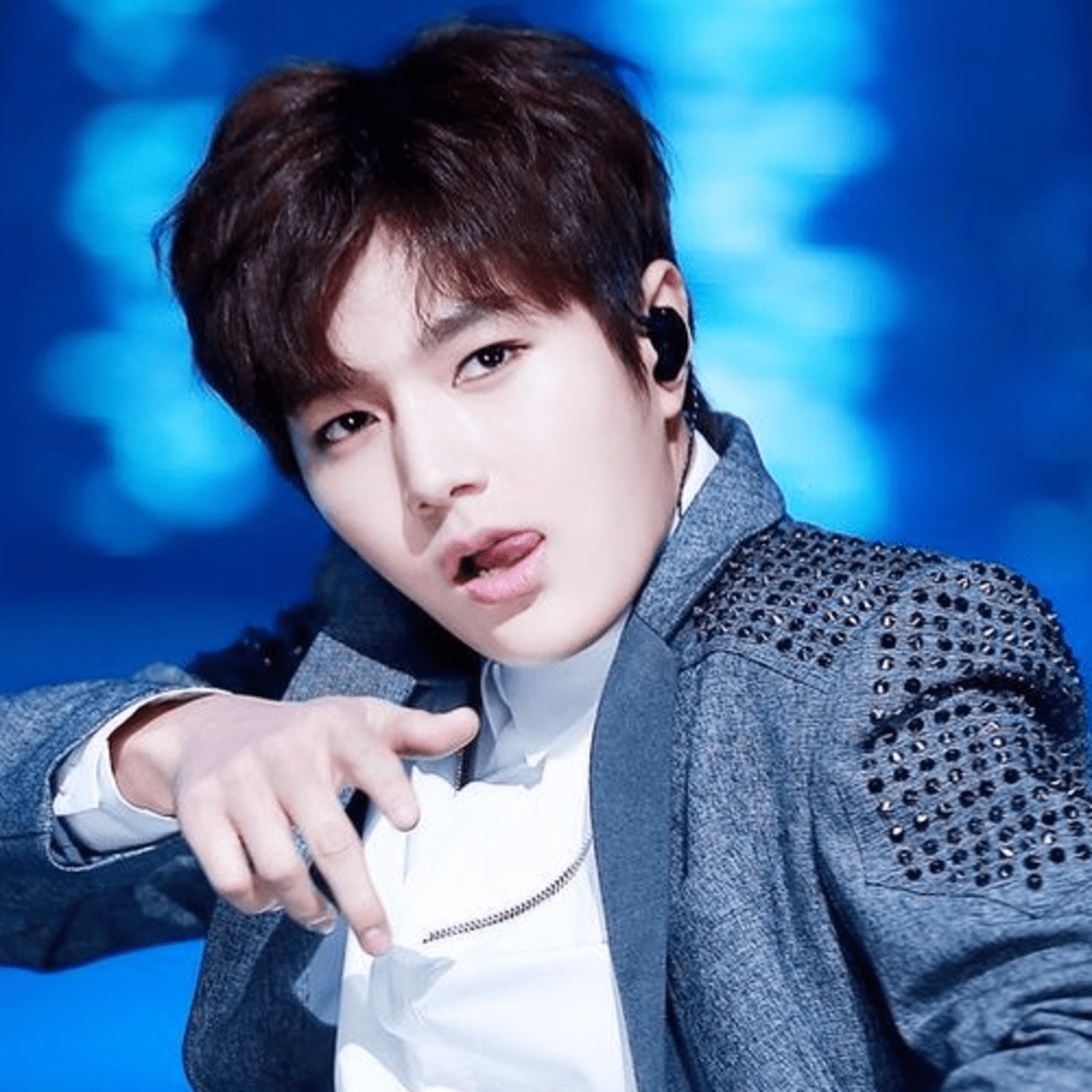 Top 15 Best Male Visual Of K Pop Groups Spinditty Music