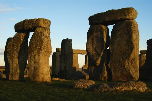 The huge standing stones are the super-hard sarsens, from Marlborough Downs.  The lintels are the horizontal stones on top of the vertical standing sarsen stones.