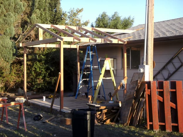 Most of the main rafters are up, leaving just those over the garage to be added.
