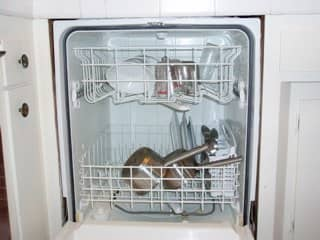 cut-the-grime-with-an-efficient-dishwasher