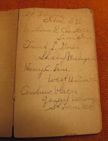 My great-uncle's WWI pocket diary includes names of his friends in the company.