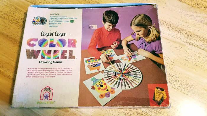 1974 Crayola Crayon Color Wheel Drawing Game