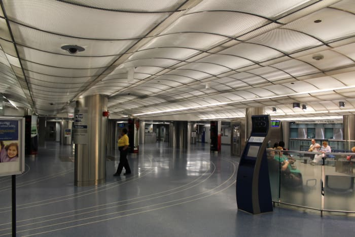 Millennium Terminal circa July 2015. Pretty much the only section of the pedway that I've explored. Well . . . Does that bit of mall between the Red and Blue lines at Washington count?