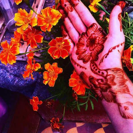 A beautiful henna flowers design.