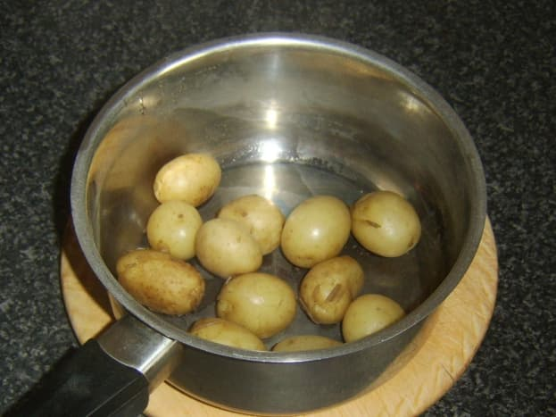 Cooked and drained baby potatoes