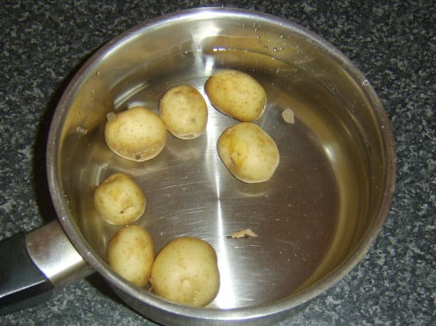 Baby potatoes ready to be cooked
