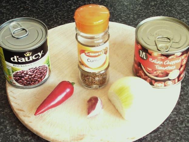 SImple chilli sauce ingredients