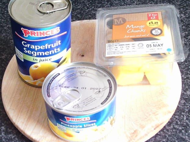 Grapefruit, pineapple and mango for blending