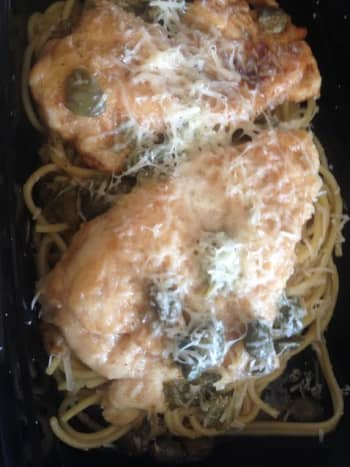 Chicken picatta prepped and ready for storage in the Plastic House bento container.