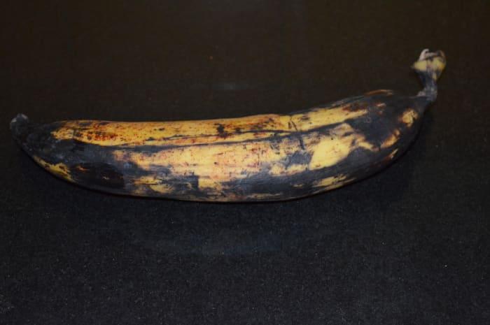 Step one: Choose a properly ripe plantain(Nendra banana).