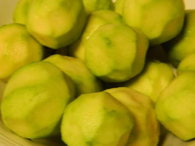 how-to-make-easy-homemade-guava-jam