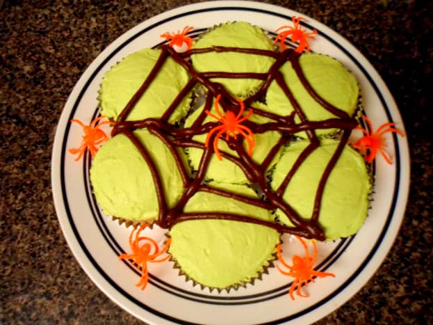 Our finished pull-apart spider web cupcakes.