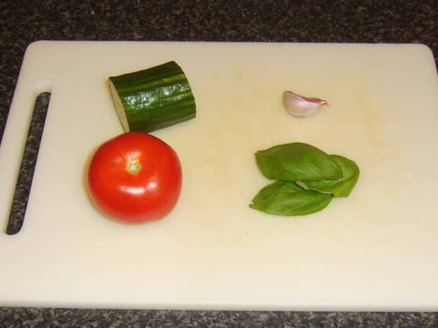 Simple salsa ingredients