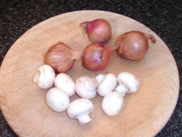 Shallots and button mushrooms