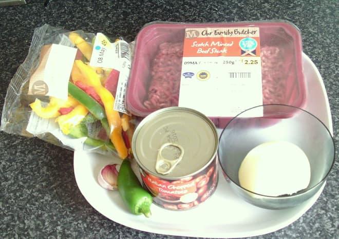 Spicy beef principal ingredients